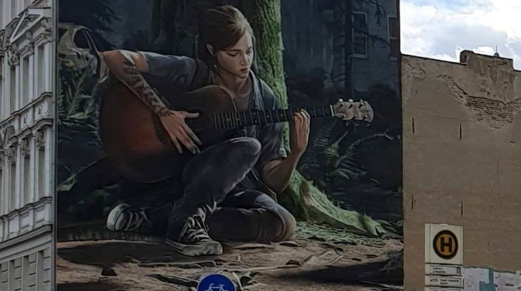 The Last of Us 2: Ellie spielt Gitarre in Berlins Riesenwandbild